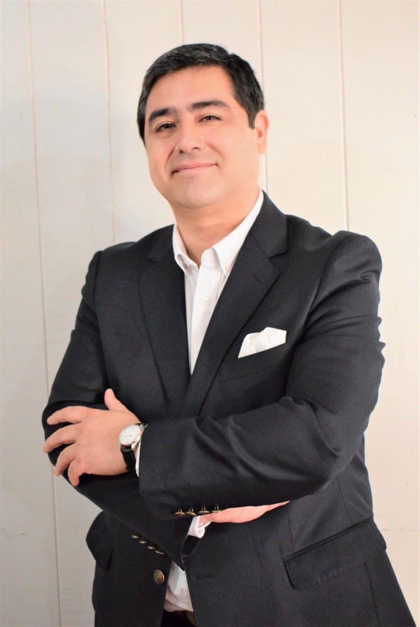 Sr. Juan Luis Añazco Barrientos